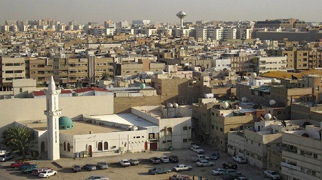 Husiler: Riyad'daki önemli askeri hedefleri vurduk
