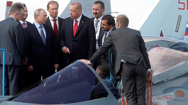 Cumhurbaşkanı Erdoğan, Su-57'yi inceledi