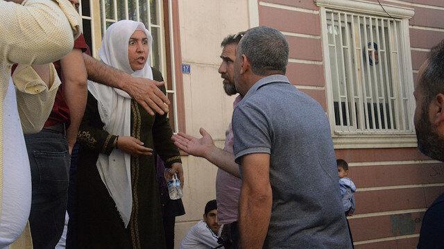 HDP'liler oturma eylemi yapan aileye saldırdı
