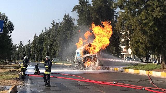 Antalya'da LPG tankeri 7,5 saattir yanıyor