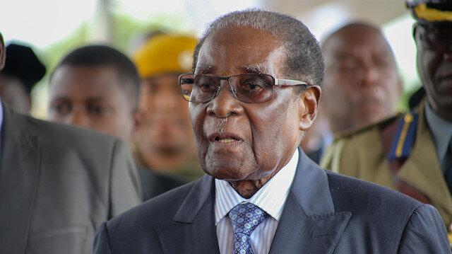 Zimbabve'nin eski Devlet Başkanı Mugabe 95 yaşında hayatını kaybetti