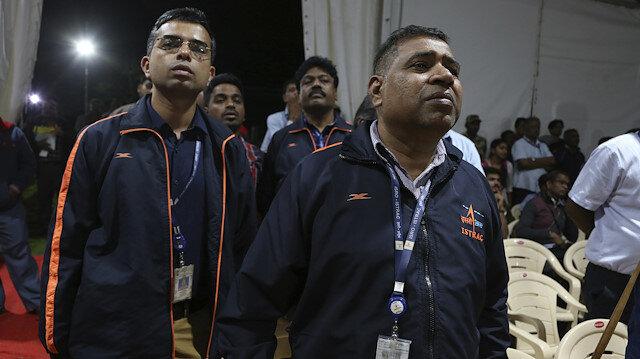Hindistan'ın büyük hüsranı: Ay'a gönderdikleri uzay aracını kaybettiler