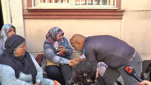 Evlat nöbetindeki annelere Trabzondan destek