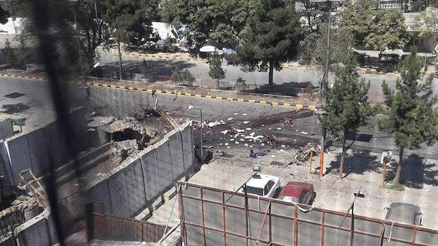 Afganistan Cumhurbaşkanı'nın katıldığı seçim mitinginde bombalı saldırı