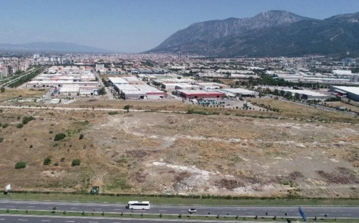 1 milyon 300 bin metrekare alana kurulu bulunan Manisa Organize sanayi Bölgesi.