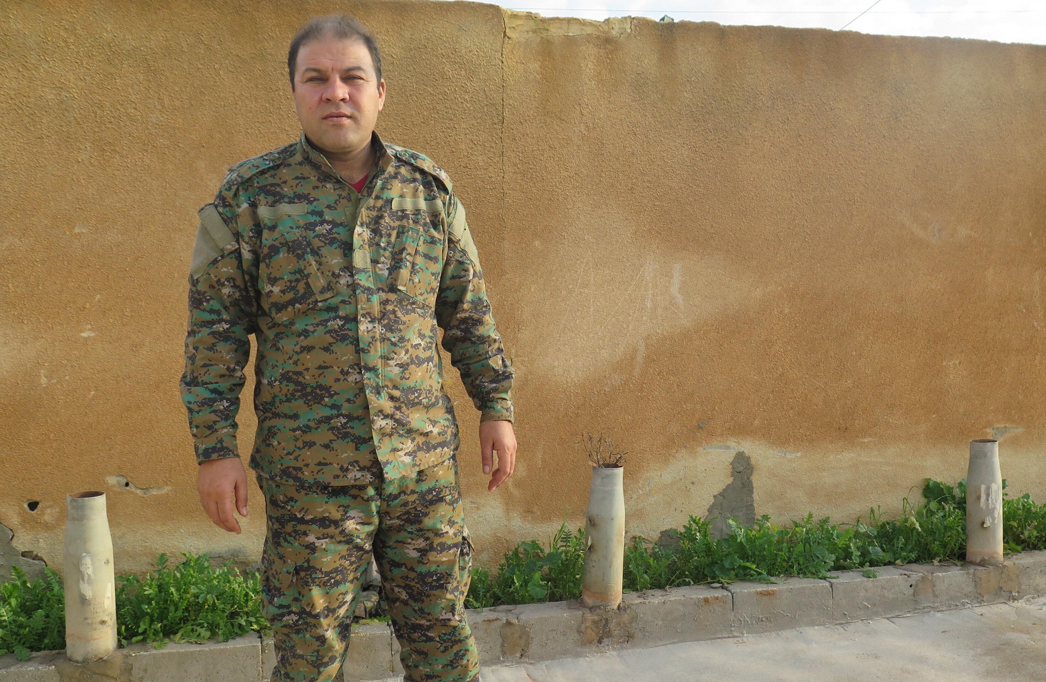 Terörist Mustafa Bali, örgütten kaçarak Türkiye'ye sığınan Talal Silo'nun yerine PYD'nin sözde sözcüsü olarak görevlendirildi.