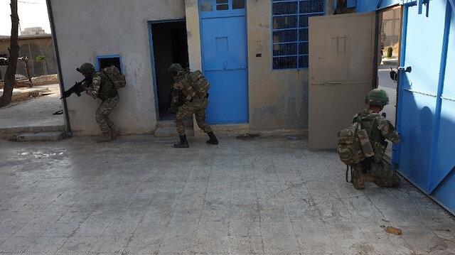 YPG'liler hapishanedeki DEAŞ'lıları serbest bıraktı