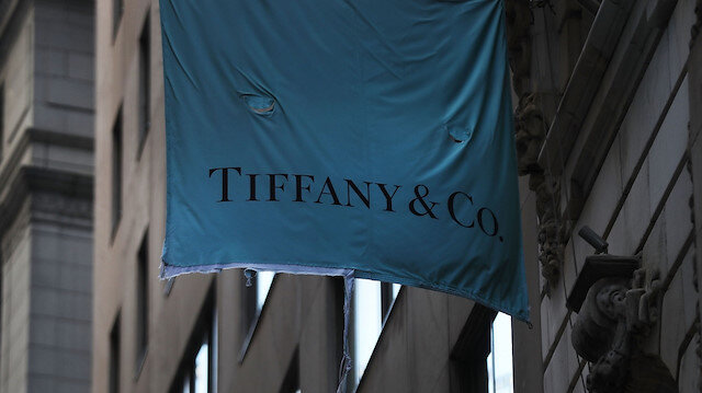 Louis Vuitton, Tiffany'i almak için görüşüyor
