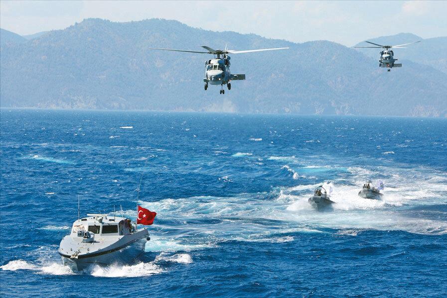 4 yılda 14 yabancı bayraklı geminin Türk Donanması tarafından engellendiğini vurguladı.