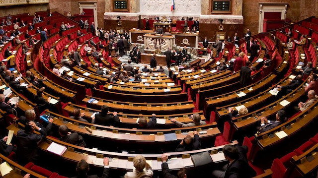 Fransa'da skandal: Türkiye'yi kınayan ve PKK/SDG'ye destek açıklayan tasarı kabul edildi