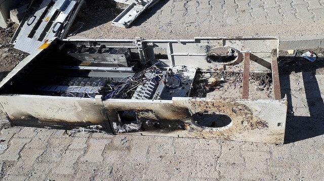 Mardin Nusaybin'de kaçak elektriği önleyen panoları kırıp yaktılar