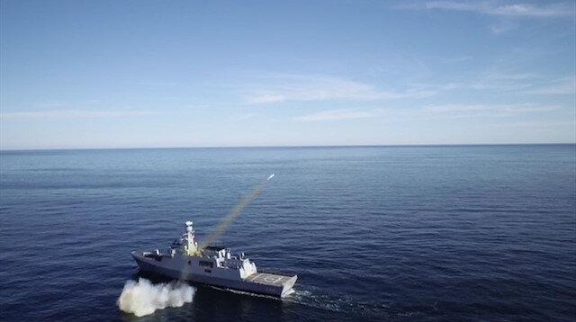 ATMACA Güdümlü Mermisi atışı su üstü platformumuzdan ilk defa gerçekleştirildi