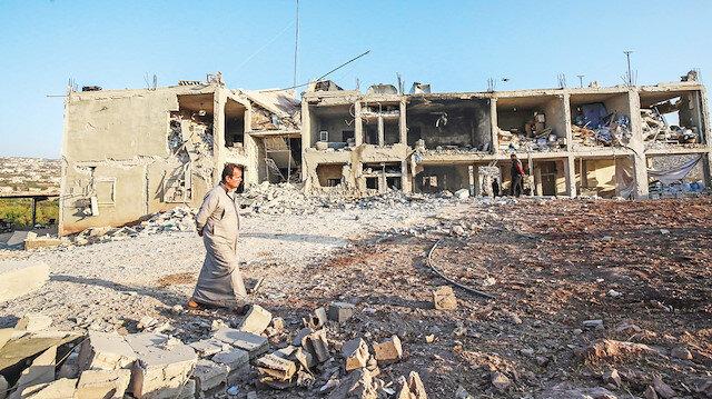 Cenevre'de müzakere İdlib'de bomba!