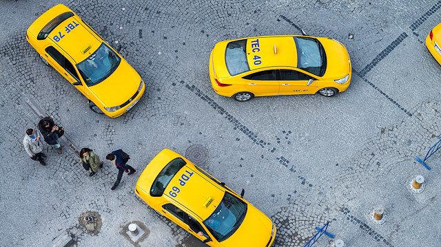 Taksiler 1 günde 80 bin turist taşıdı