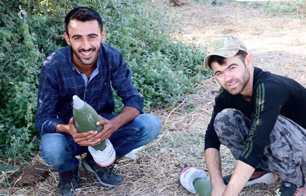 Teröristin havan toplarıyla düzenek kurarken fotoğrafı ortaya çıktı.