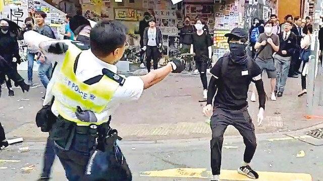 Hong Kong'da dehşet anları