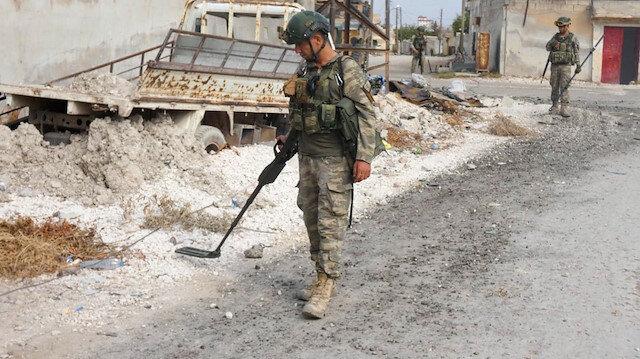 MSB: Barış Pınarı Harekatı bölgesinde şimdiye kadar 988 EYP, 442 mayın etkisiz hale getirildi