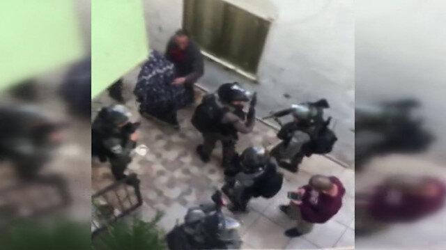 İşgalci İsrail askerleri, Kudüs Valisi Gays'ı ve 8 Filistinli sivili gözaltına aldı