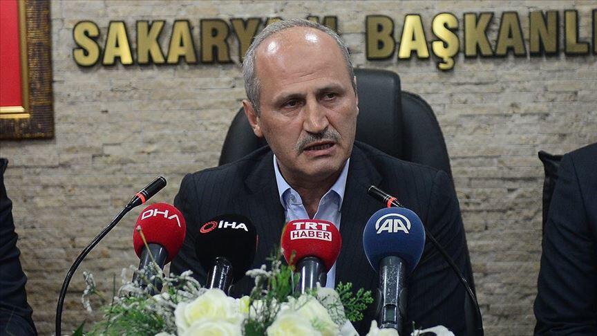 Ulaştırma ve Altyapı Bakanı Mehmet Cahit Turhan, Kuzey Marmara Otoyolu çalışmalarına ilişkin,