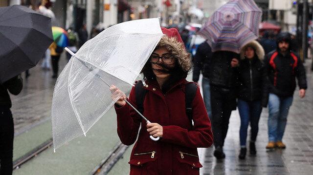 İstanbul'da akşam saatlerinde itibaren yağış bekleniyor