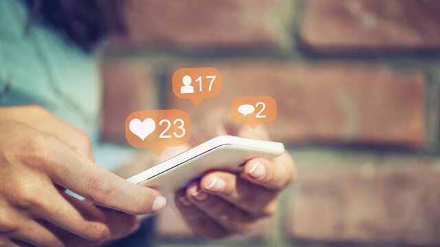 Sosyal medya fenomeni    olmak için ne?