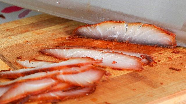 Balık pastırması üretti: Kilosunu 350 TL'den Türkiye'nin dört bir yanına satıyor