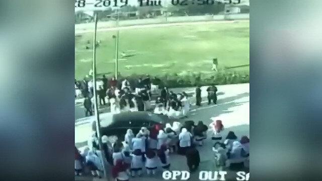 Profesör, protestocu öğrencisini ezdi
