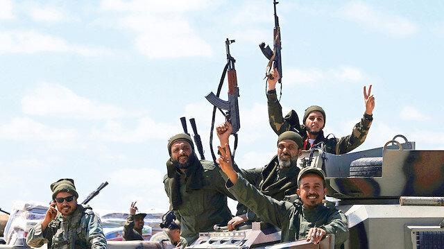 İsrail'den Hafter'e terör eğitimi