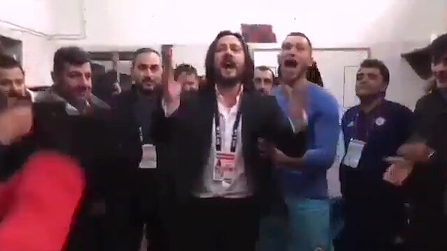Galibiyet sonrası Başkan'ın prim sözü futbolcuları çılgına çevirdi