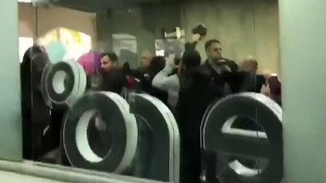 Lübnan'da eylemciler telekomünikasyon şirketini bastı