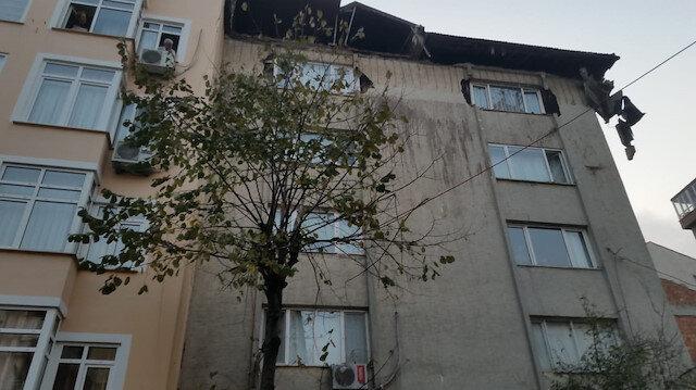 Şişli'de 6 katlı binanın çatısında çökme: Sokağa düşen moloz parçalarından 3 kişi yaralandı