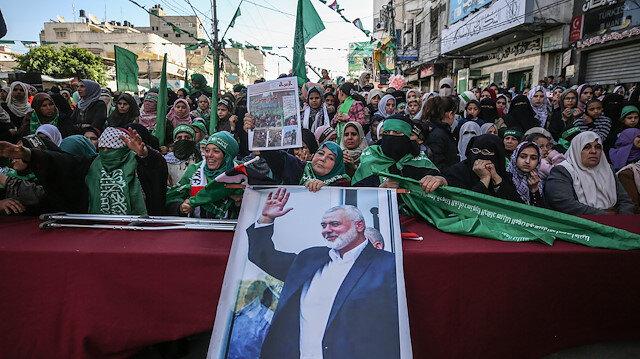 """Hamas kuruluşunun 32. yıl dönümünü kutluyor: """"Abluka kaldırılmazsa yeni denklemler uygulanır"""""""