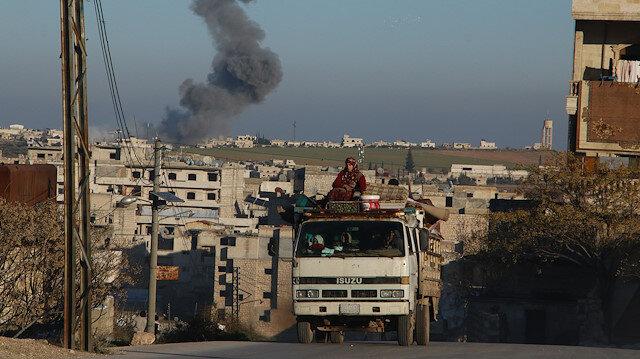 Kıyamet koptu, gece gündüz bombardıman: İdlib'de son 5 günde 80 bin sivil yerinden edildi