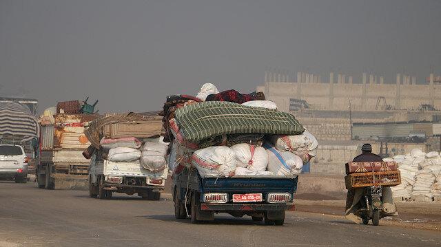 İdlib'e saldırılar durmak bilmiyor: 25 bin sivil daha Türkiye sınırı yakınlarına göç etti