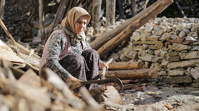 Çatısı akan evden çıkan dram dolu hayat: Kömür yardımını daha çok ihtiyacı olanlara verilsin diye reddetti