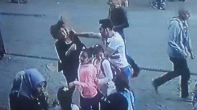 İstanbul'da Ümraniye'de kadını döven şahsa vatandaştan dayak