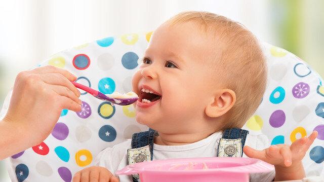 Uzmanlar uyardı: Bebeğinizi uzun süre püre kıvamındaki gıdalarla beslemeyin