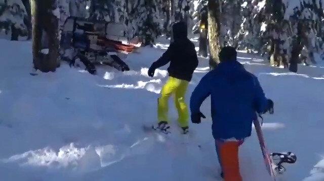 Pist dışına çıkıp kaybolan kayakçıları jandarma ekipleri buldu