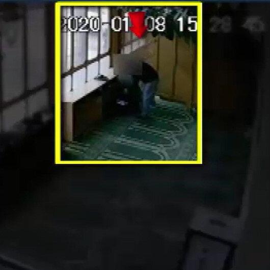 Camiden hırsızlık anı güvenlik kamerasına yansıdı