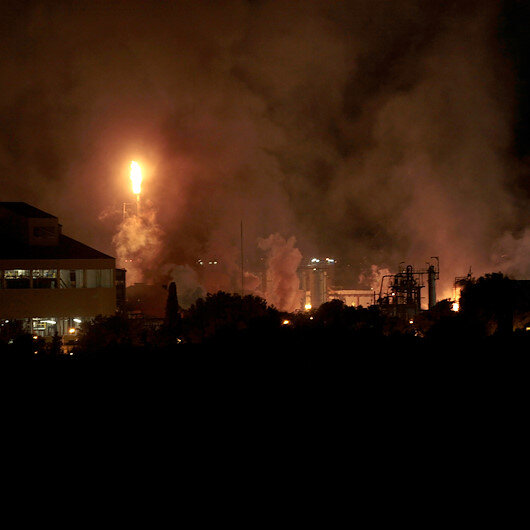 İspanyada petrokimya tesisinde şiddetli patlama