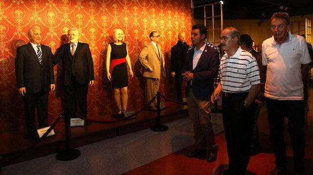 Balmumu komedisi: Çorlu Belediyesi Başkanı Sarıkurt borç kredisiyle heykel aldı