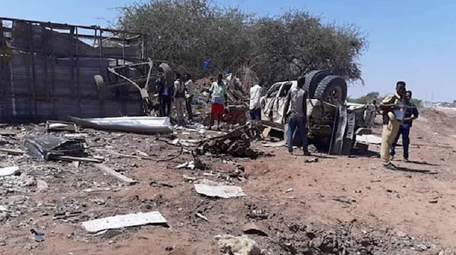 Mogadişu'da Türk müteahhitlere bombalı saldırı düzenlendi