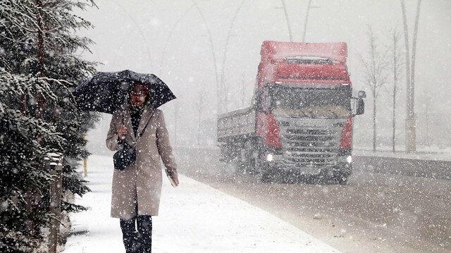 Meteoroloji uyardı: Kar ve fırtına geri dönüyor