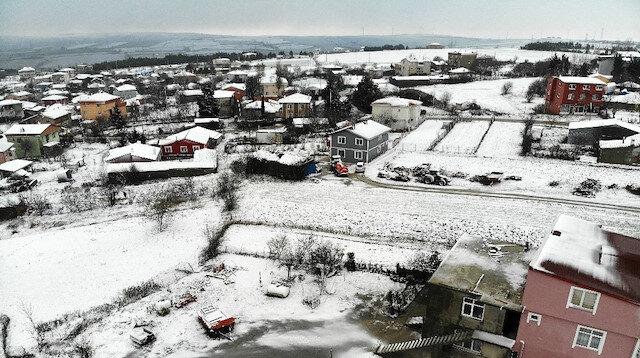 İstanbul'un Çatalca ve Silivri ilçelerinde kar yağışı etkili oldu