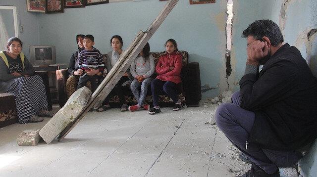 Çocukları ölümün eşiğindeki ailenin evleri yıkılmak üzere: Yardım bekliyorlar