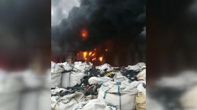 Bursa'da katı atık deposunda yangın meydana geldi