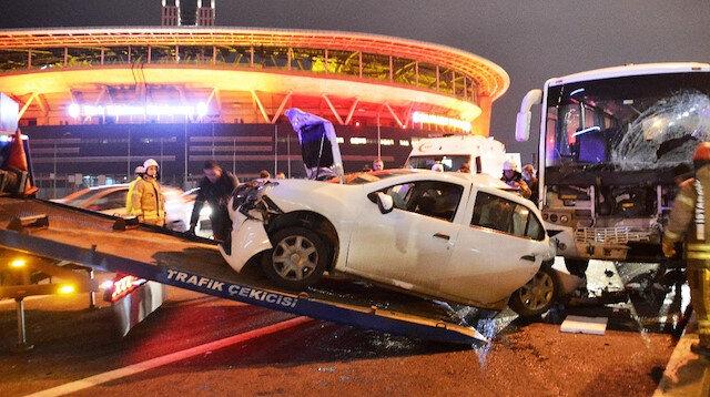 TEM Seyrantepe'de zincirleme kaza: Trafik durma noktasına geldi