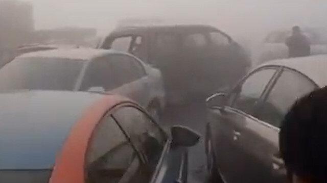 31 aracın karıştığı zincirleme kaza kamerada