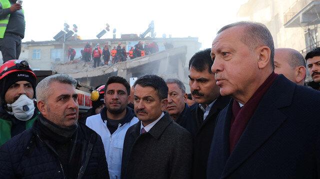 Cumhurbaşkanı Erdoğan deprem bölgesi Elazığ'da
