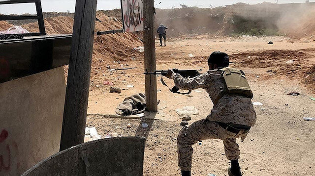 Hafter güçleri ateşkes tanımıyor: Ebu Kıreyn'e saldırı başlattılar